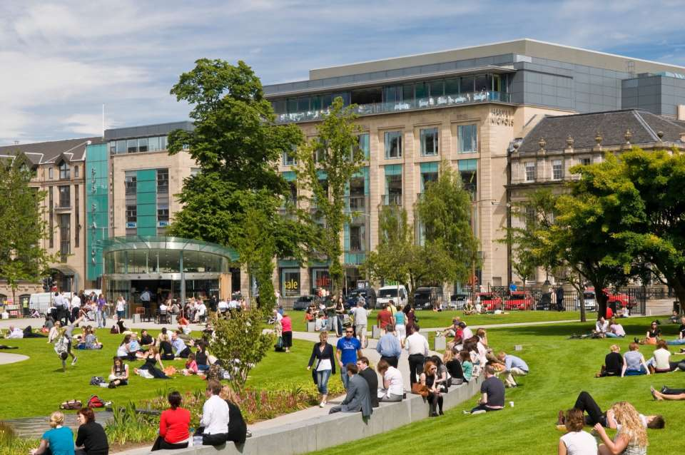 Awards success for St Andrew Square