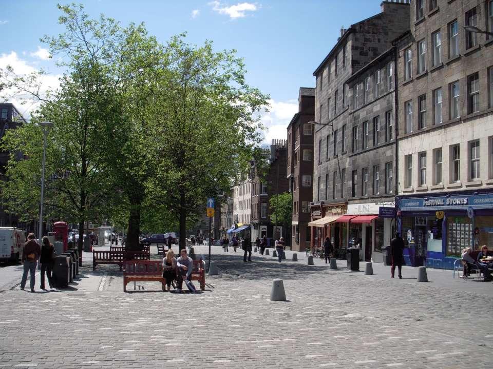 Regeneration of Edinburgh's Grassmarket wins top planning award