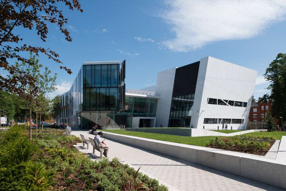 The new £28.5 million Manchester Cancer Research Centre (MCRC) opens