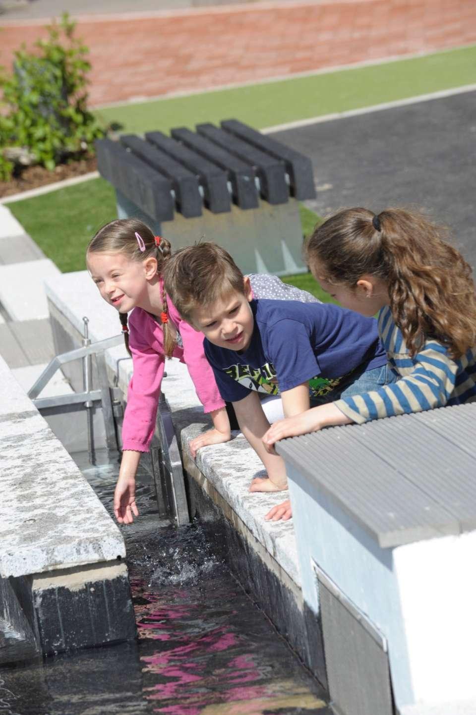 Thinktank Science Garden designed by Gillespies opens in Birmingham