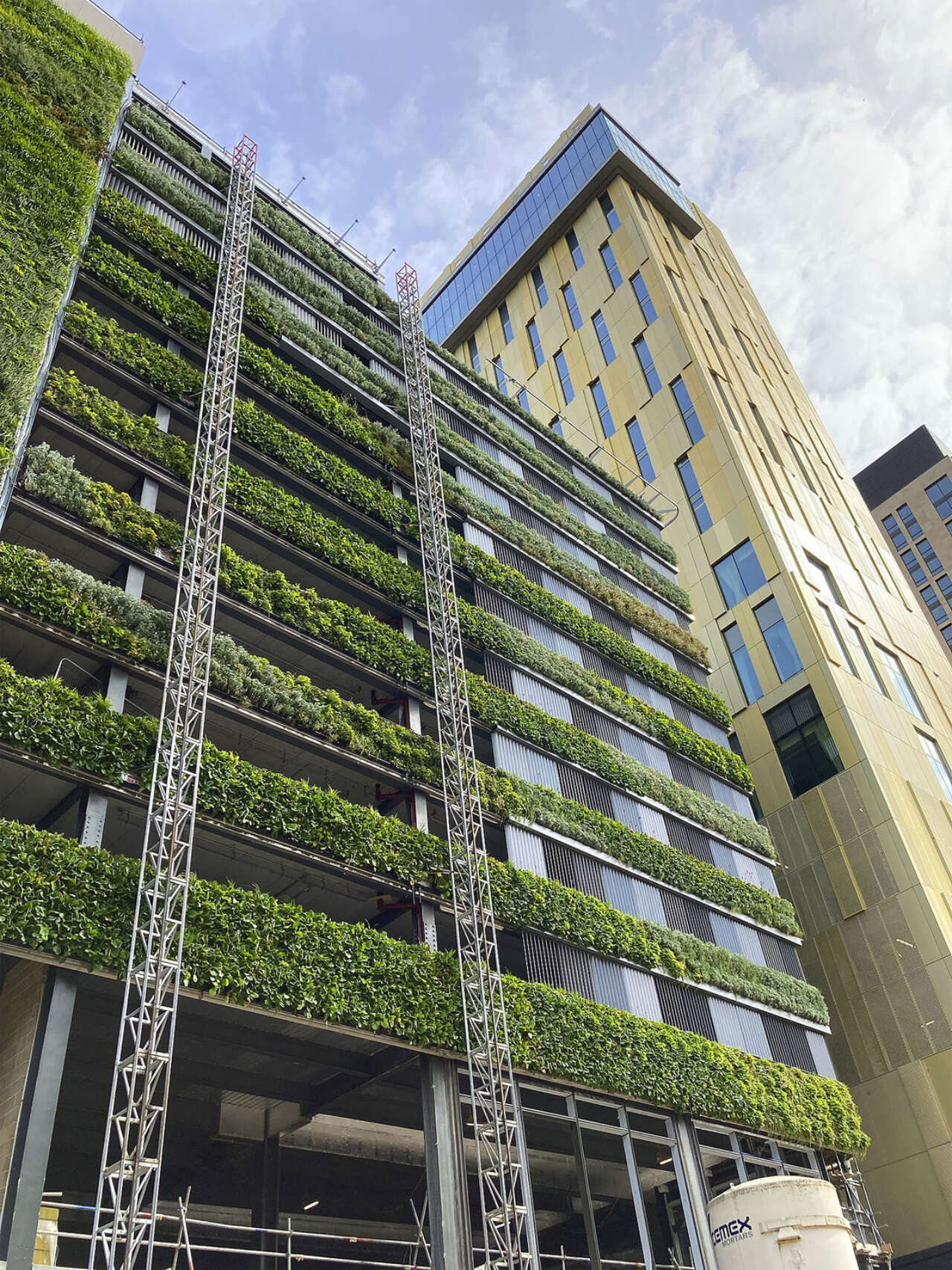 A new living wall for Victoria Square