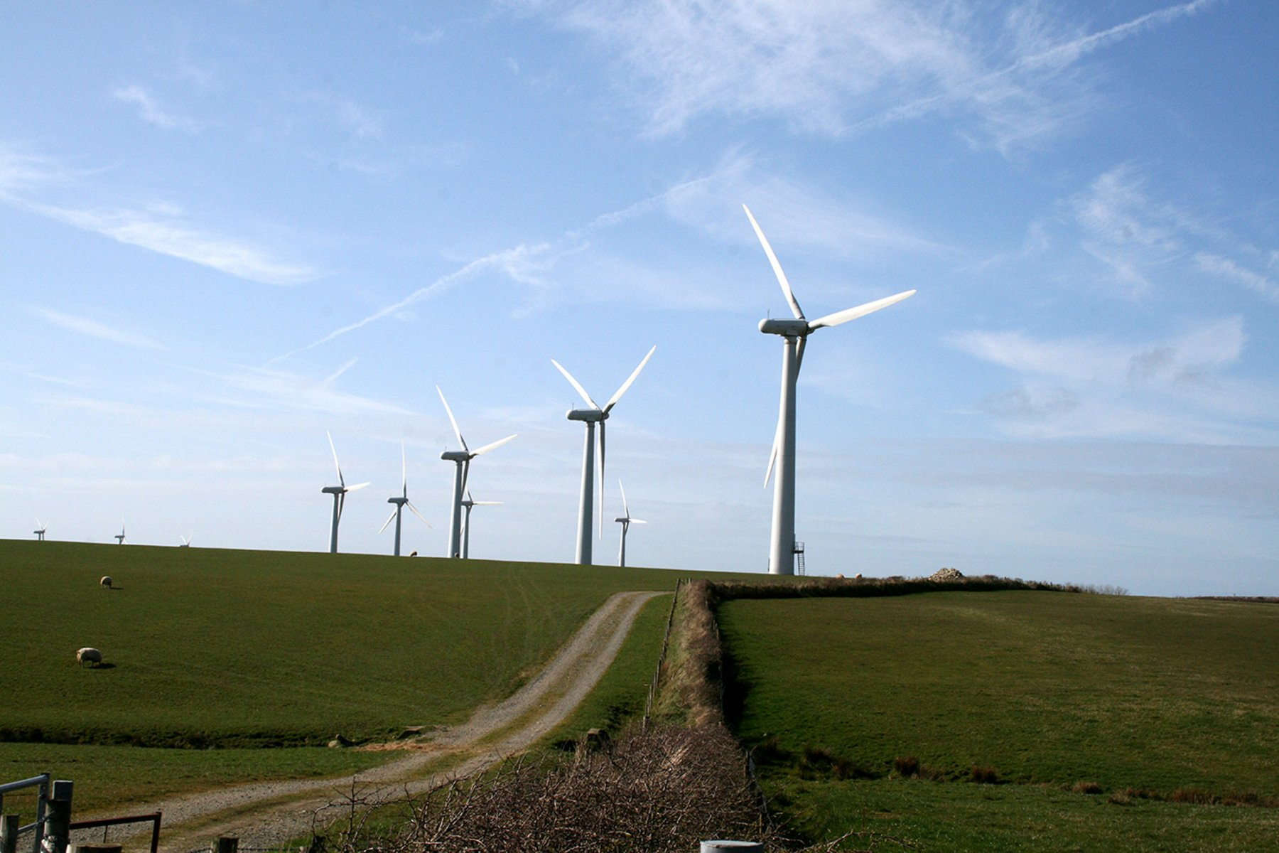 Wind Turbines and Pylons: Guidance on Separation Distances
