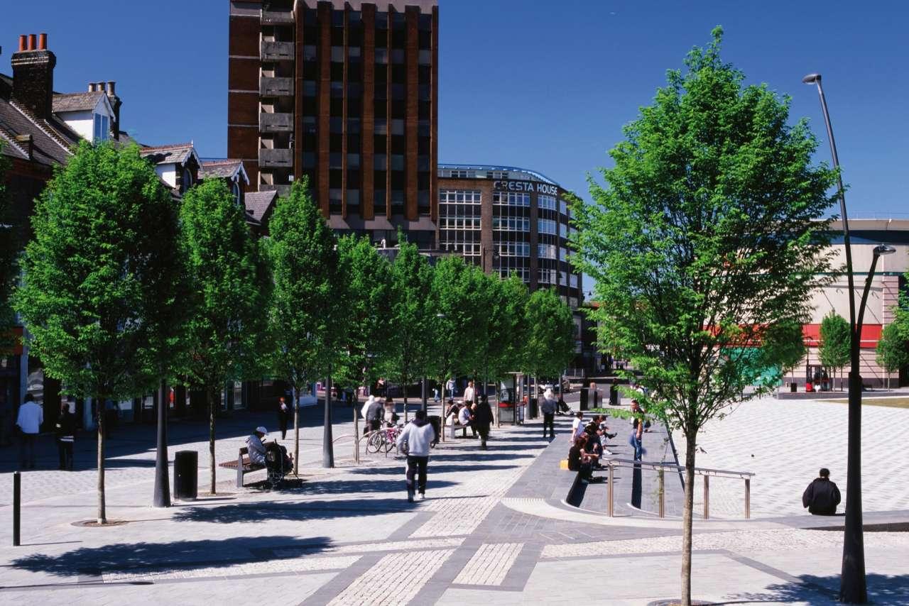 St George's Square, Luton