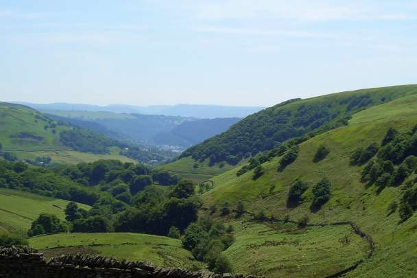 Heads of the Valleys Landscape Sensitivity and Capacity study for Wind Energy Development